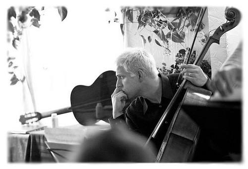 Portrait of Guest Lecturer in Music Technology Jonathan Dexter